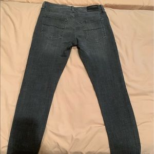 Lucky Brand 105 Slim taper waist 30 length 32